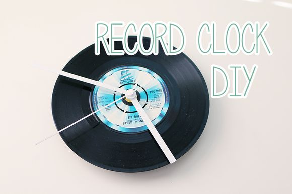 Record clock diy
